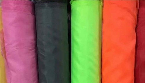 پارچه برزنت پلاستیکی رنگی